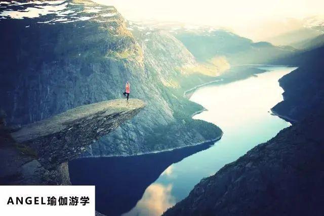 随着瑜伽风靡全球,私教该如何逆袭成神